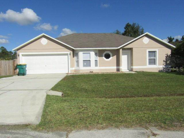 215 Great Yarmouth Court, Kissimmee, FL 34758 (MLS #S5042490) :: Bridge Realty Group