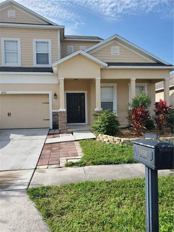 1850 Valley Forge Drive, Saint Cloud, FL 34769 (MLS #S5043190) :: Griffin Group