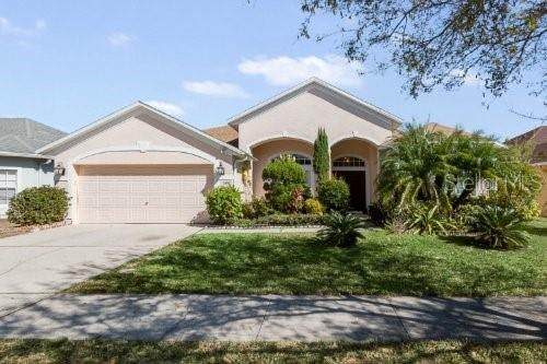 2492 Huron Circle, Kissimmee, FL 34746 (MLS #S5045504) :: Everlane Realty