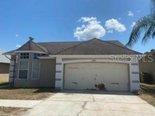 8810 Kensington Court, Kissimmee, FL 34747 (MLS #S5048995) :: The Figueroa Team