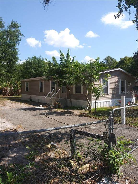 3126 Crystal Hills Drive, Lakeland, FL 33801 (MLS #S5049078) :: Sarasota Home Specialists