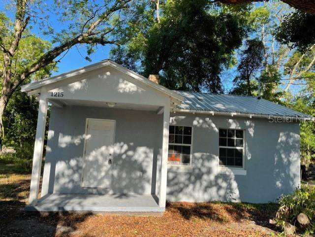 1215 NW 12TH Avenue, Ocala, FL 34475 (MLS #S5049215) :: Griffin Group