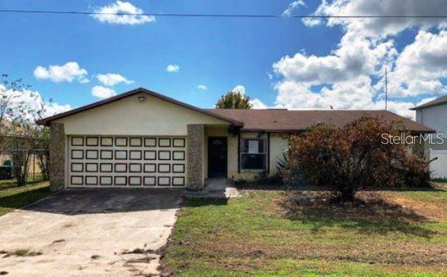 215 Chadworth Drive, Kissimmee, FL 34758 (MLS #S5049633) :: Heckler Realty