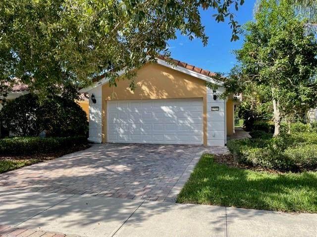 12023 Kajetan Lane, Orlando, FL 32827 (MLS #S5051823) :: RE/MAX Local Expert