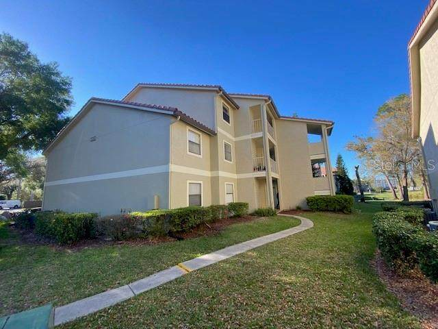 3036 Parkway Boulevard #308, Kissimmee, FL 34747 (MLS #S5052329) :: EXIT King Realty