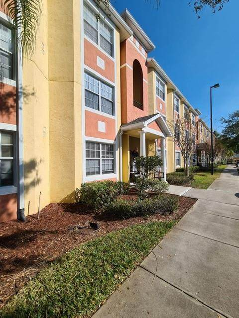 10873 Windsor Walk Drive #4203, Orlando, FL 32837 (MLS #S5054027) :: Premium Properties Real Estate Services