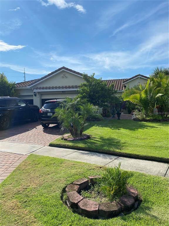 4111 Bella Isle Circle, Kissimmee, FL 34746 (MLS #S5054902) :: Cartwright Realty