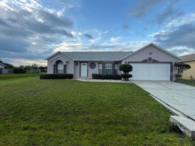 821 Jarnac Drive, Kissimmee, FL 34759 (MLS #S5056382) :: Team Turner
