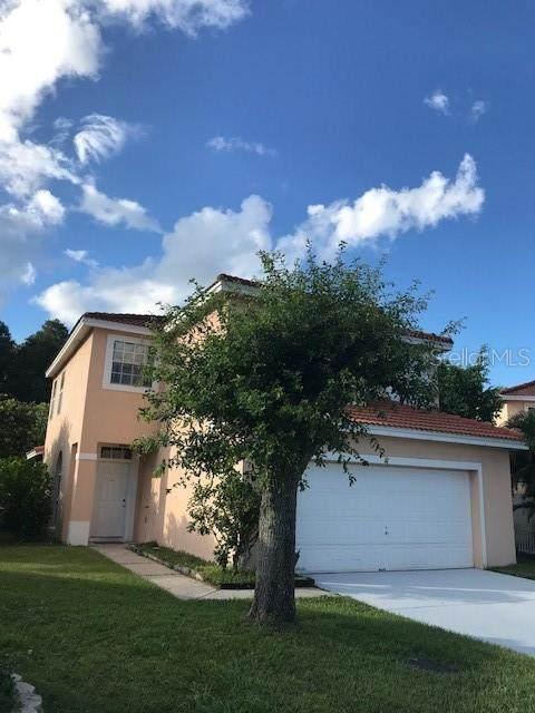 2401 Placetas Court, Kissimmee, FL 34743 (MLS #S5057773) :: Everlane Realty