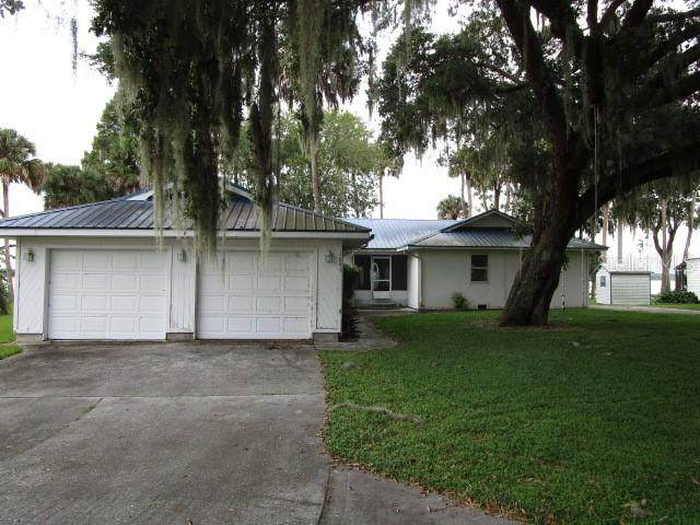 1093 Shady Cove Road E, Haines City, FL 33844 (MLS #S5058390) :: RE/MAX Local Expert