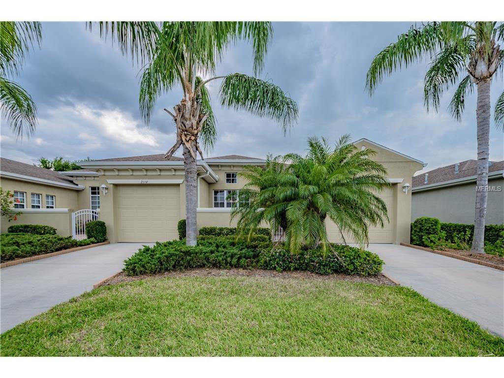 2114 Sifield Greens Way #6, Sun City Center, FL 33573 (MLS #T2876524) :: The Duncan Duo & Associates