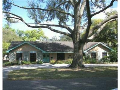 907 N Taylor Road, Brandon, FL 33510 (MLS #T2924624) :: The Duncan Duo Team