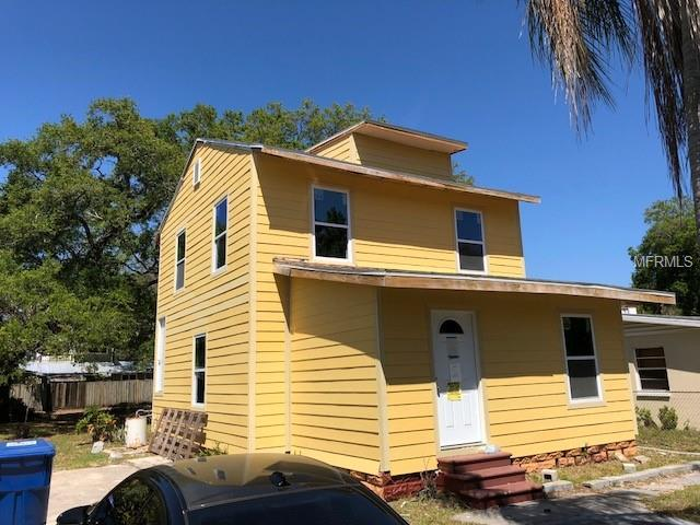 106 8TH AVE SE, Largo, FL 33771 (MLS #T3102040) :: Revolution Real Estate