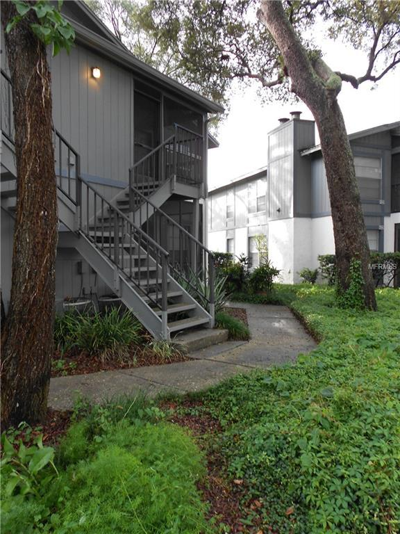 4004 Nestle Oaks Place #201, Tampa, FL 33613 (MLS #T3102332) :: The Duncan Duo Team