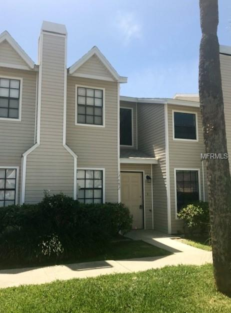 12682 Castle Hill Drive, Tampa, FL 33624 (MLS #T3107611) :: The Duncan Duo Team