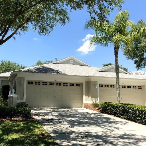 5725 Heronpark Place, Lithia, FL 33547 (MLS #T3108750) :: Arruda Family Real Estate Team
