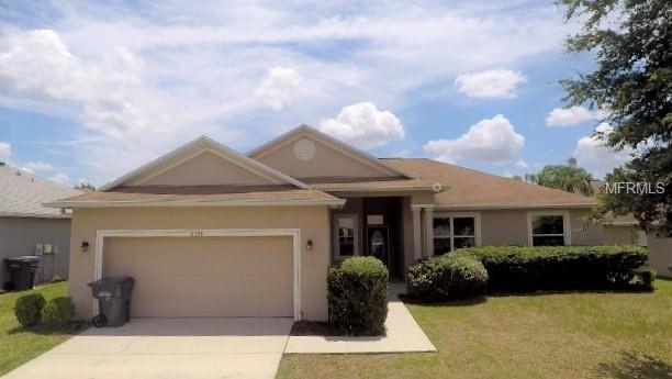 8398 Greystone Drive, Lakeland, FL 33810 (MLS #T3114157) :: Gate Arty & the Group - Keller Williams Realty