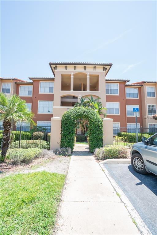 5578 Metrowest Boulevard #11, Orlando, FL 32811 (MLS #T3114397) :: RealTeam Realty