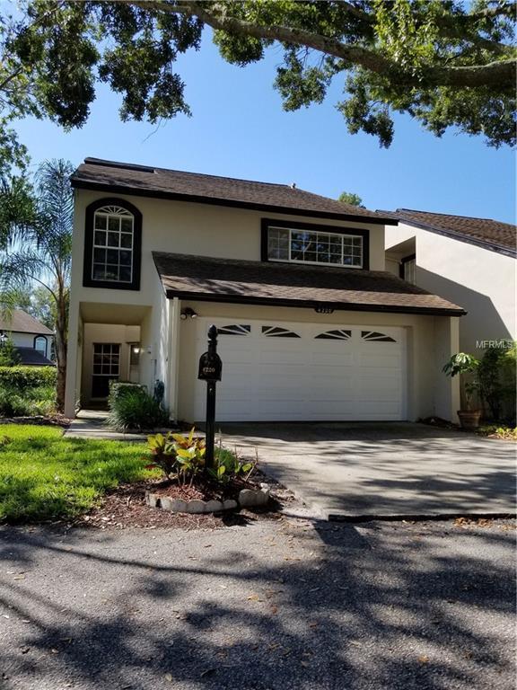 4220 Arborwood Lane, Tampa, FL 33618 (MLS #T3115282) :: The Duncan Duo Team