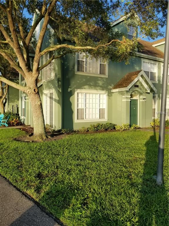9304 Lake Chase Island Way #9304, Tampa, FL 33626 (MLS #T3117045) :: The Duncan Duo Team