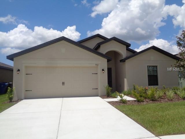 932 Wynnmere Walk Avenue, Ruskin, FL 33570 (MLS #T3118003) :: Team Bohannon Keller Williams, Tampa Properties