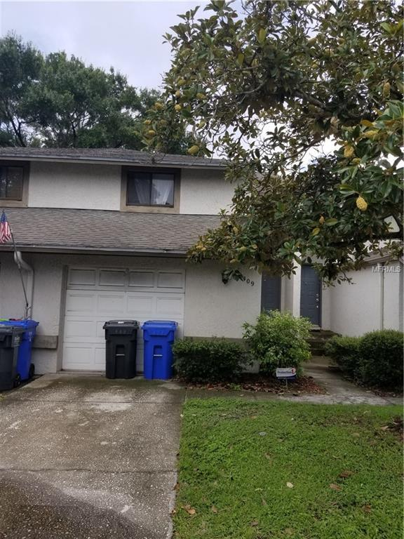 12409 Titus Court A-105, Tampa, FL 33612 (MLS #T3118170) :: The Duncan Duo Team