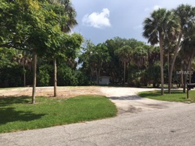 4840 Featherbed Lane, Sarasota, FL 34242 (MLS #T3122576) :: Mark and Joni Coulter | Better Homes and Gardens