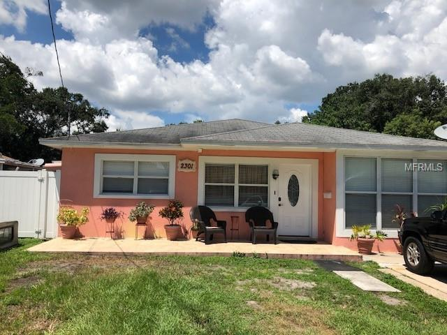 2301 W Clifton Street, Tampa, FL 33603 (MLS #T3125753) :: The Lockhart Team