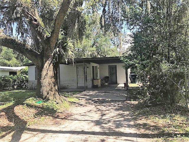 2605 E Emma Street, Tampa, FL 33610 (MLS #T3130113) :: The Duncan Duo Team