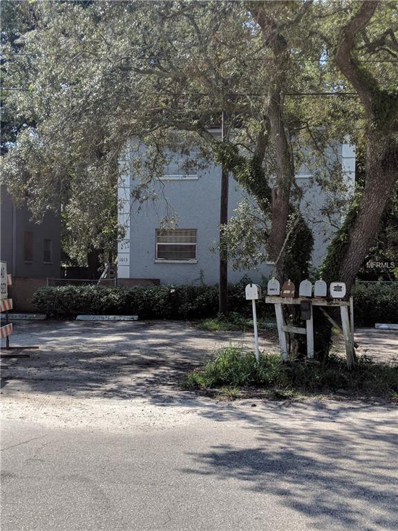 1013 E Bougainvillea Avenue, Tampa, FL 33612 (MLS #T3133424) :: The Duncan Duo Team