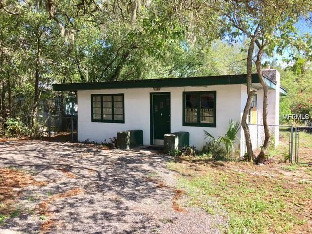 1423 E 98TH Avenue, Tampa, FL 33612 (MLS #T3136815) :: NewHomePrograms.com LLC