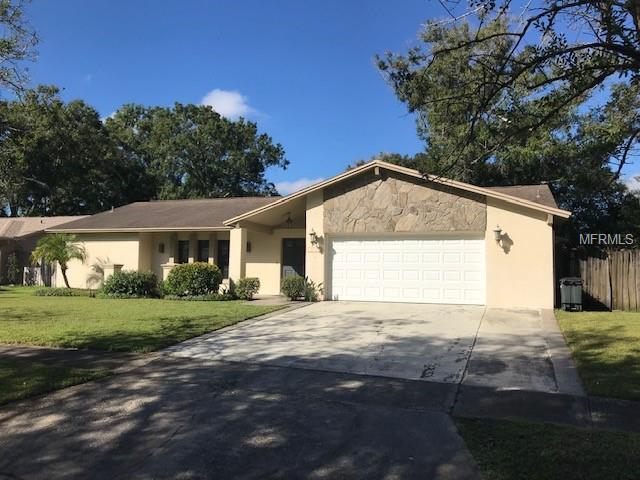 3220 Taragrove Drive, Tampa, FL 33618 (MLS #T3141672) :: Delgado Home Team at Keller Williams
