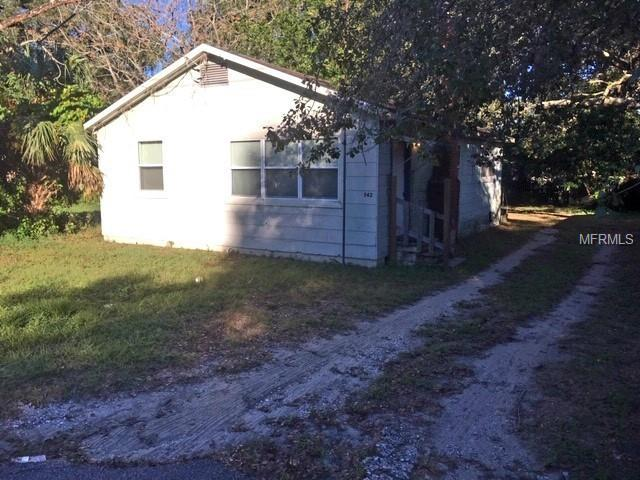 8423 N 17TH Street, Tampa, FL 33604 (MLS #T3142151) :: FL 360 Realty