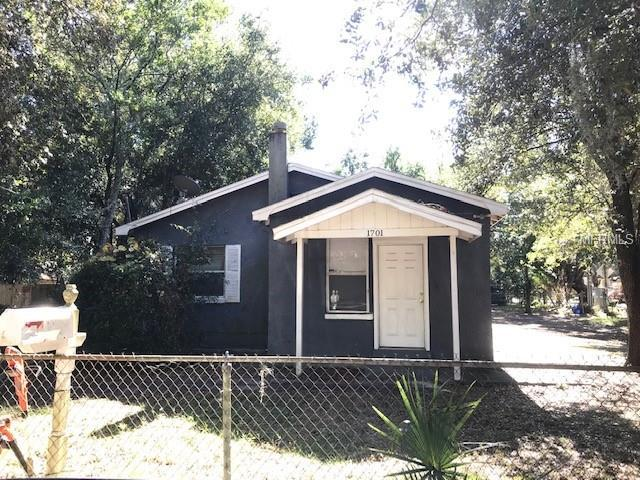 1701 E Louisiana Avenue, Tampa, FL 33610 (MLS #T3146378) :: Florida Real Estate Sellers at Keller Williams Realty