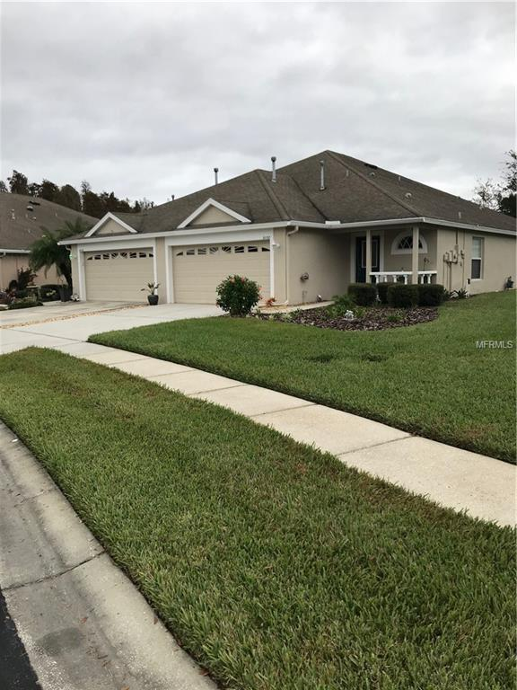 31137 Whitlock Drive, Zephyrhills, FL 33543 (MLS #T3146386) :: White Sands Realty Group