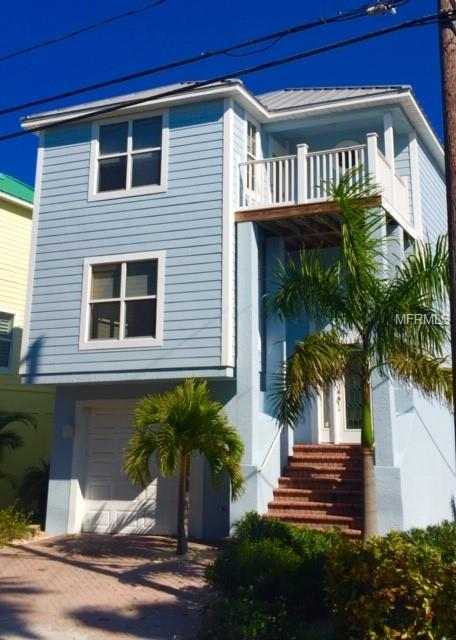 9300 Harrell Avenue, Treasure Island, FL 33706 (MLS #T3151313) :: Dalton Wade Real Estate Group