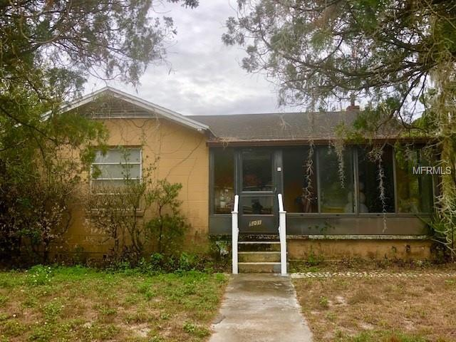 5201 E 20TH Avenue, Tampa, FL 33619 (MLS #T3154136) :: Griffin Group