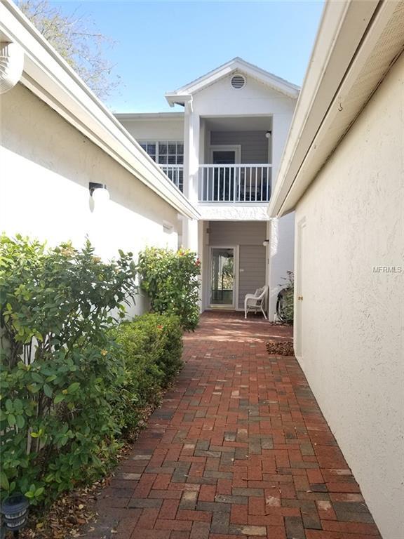 11377 Harbor Way #1710, Largo, FL 33774 (MLS #T3157847) :: Andrew Cherry & Company
