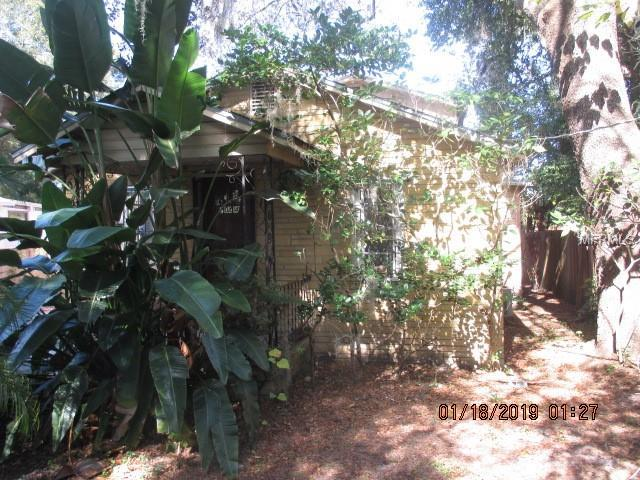 2004 E Annie Street, Tampa, FL 33612 (MLS #T3161979) :: Mark and Joni Coulter | Better Homes and Gardens