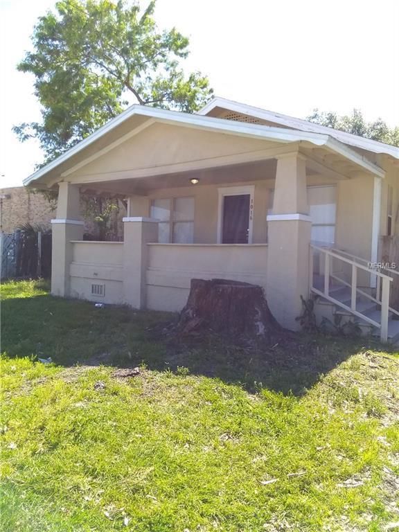1016 Lakeshore Drive, Lakeland, FL 33805 (MLS #T3170464) :: Gate Arty & the Group - Keller Williams Realty