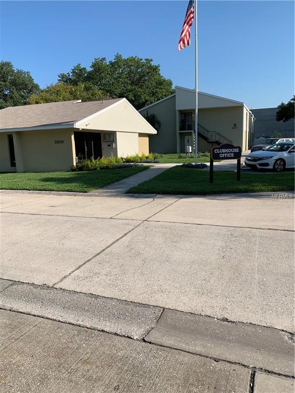 3814 N Oak Drive L12, Tampa, FL 33611 (MLS #T3175616) :: RealTeam Realty