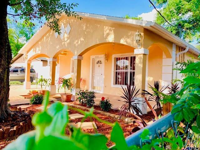 8211 N Semmes Street, Tampa, FL 33604 (MLS #T3175627) :: Bridge Realty Group