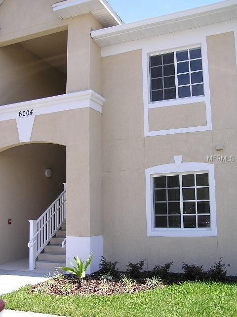 6004 Portsdale Place #202, Riverview, FL 33578 (MLS #T3175821) :: The Duncan Duo Team
