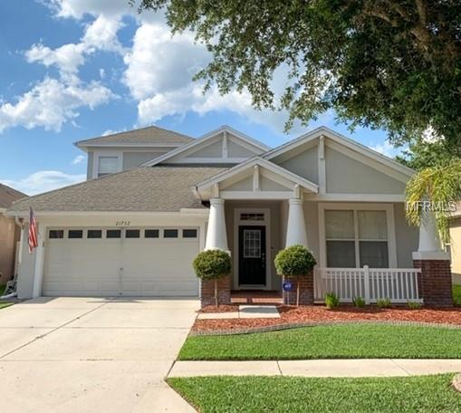 21752 Garden Walk Loop, Land O Lakes, FL 34637 (MLS #T3176111) :: The Duncan Duo Team