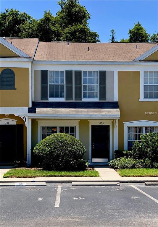1433 Costa Mesa Drive, Wesley Chapel, FL 33543 (MLS #T3176391) :: The Figueroa Team