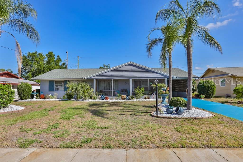 737 Torrey Pines Avenue - Photo 1