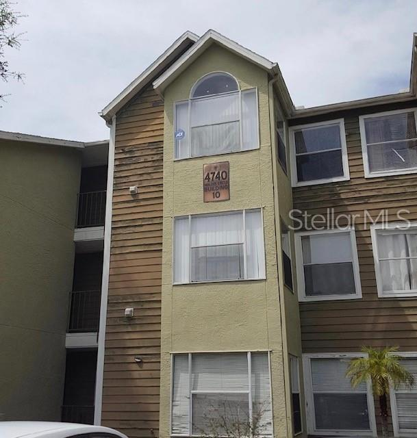 4740 Walden Circle #18, Orlando, FL 32811 (MLS #T3181124) :: White Sands Realty Group