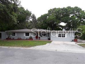 2104 Hiawatha, Tampa, FL 33604 (MLS #T3181631) :: Delgado Home Team at Keller Williams
