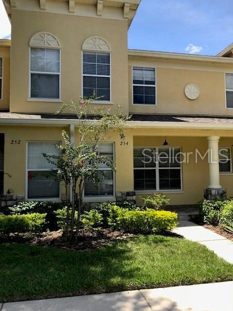254 Castlekeeper Place, Valrico, FL 33594 (MLS #T3182231) :: Dalton Wade Real Estate Group