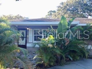 6401 Gulfport Boulevard S, South Pasadena, FL 33707 (MLS #T3182852) :: Team 54